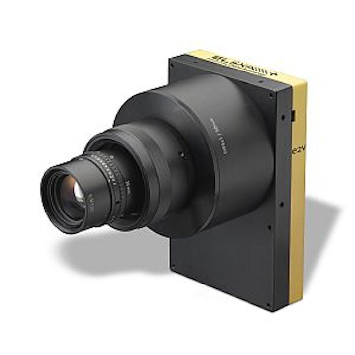 e2v's ELiiXA+ linescan camera