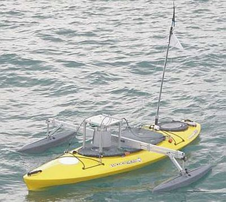 Robotic kayak helps map marine structures