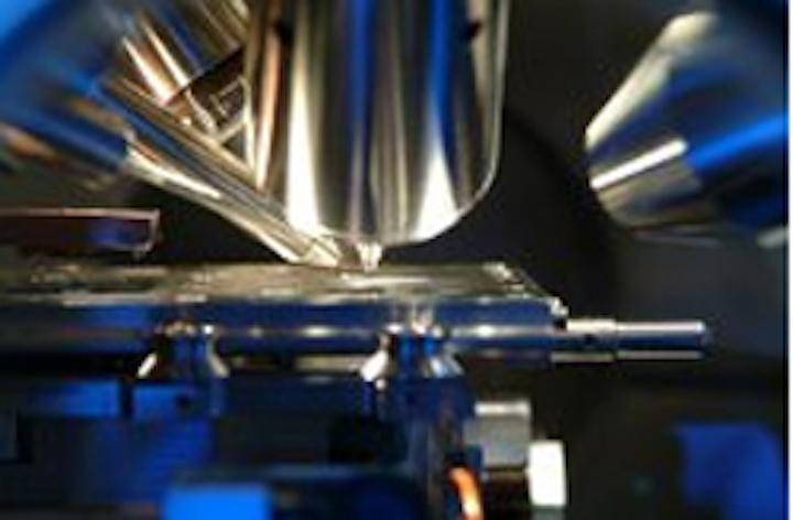 X-ray photoelectron spectroscopy machine debuts in Nottingham