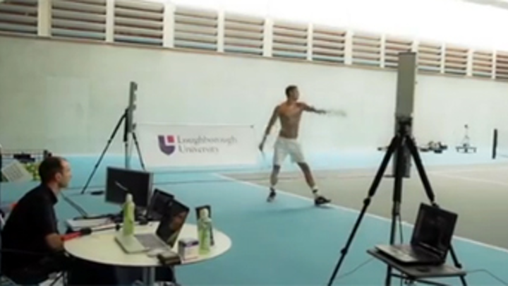 Tennis players spines analyzed in 3-D