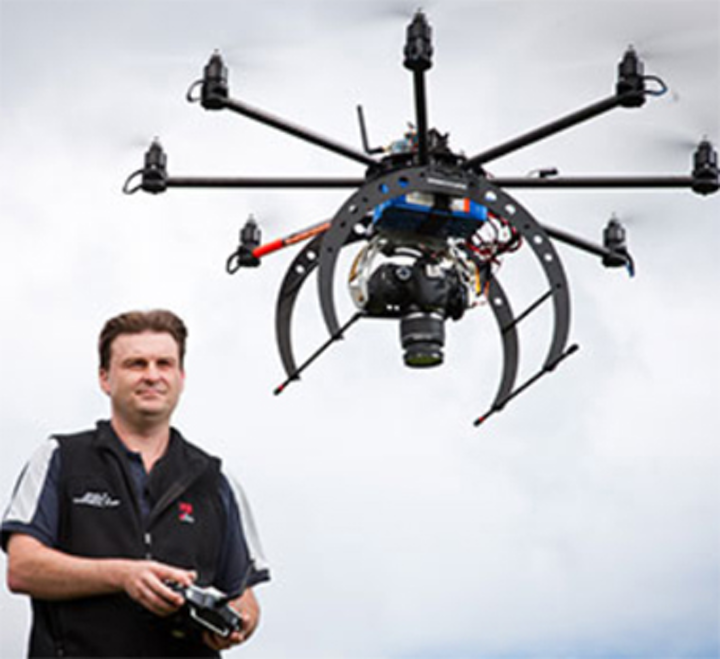 Unmanned aircraft to capture hyperspectral images