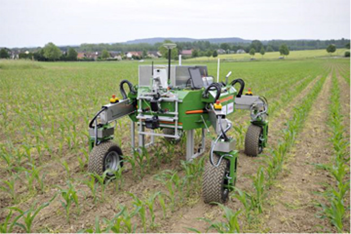 Simulator models phenotyping robot