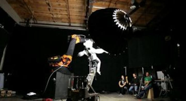Content Dam Vsd En Articles 2013 10 Gravity Blockbuster Filmed By Industrial Robots Leftcolumn Article Thumbnailimage File