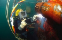 Content Dam Vsd En Articles 2013 11 Motorized Zoom Lens And Vision System Assist In Underwater Welding Project Leftcolumn Article Thumbnailimage File