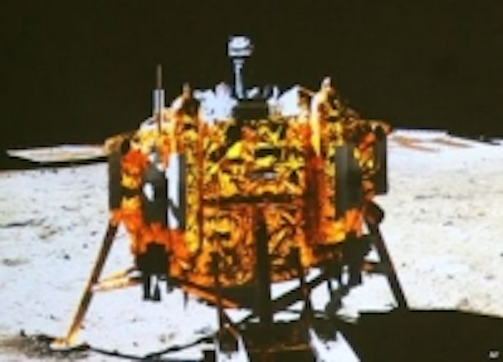 Content Dam Vsd En Articles 2013 12 Chinese Robot Moon Rover Sends Back First Images Leftcolumn Article Thumbnailimage File