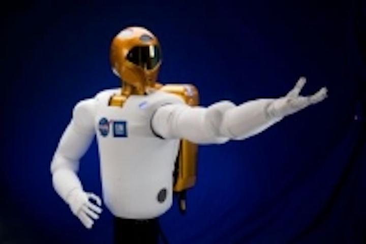 Content Dam Vsd En Articles 2014 02 Nasa S Robonaut 2 Humanoid Robot Learning Emergency Medical Skills Leftcolumn Article Thumbnailimage File