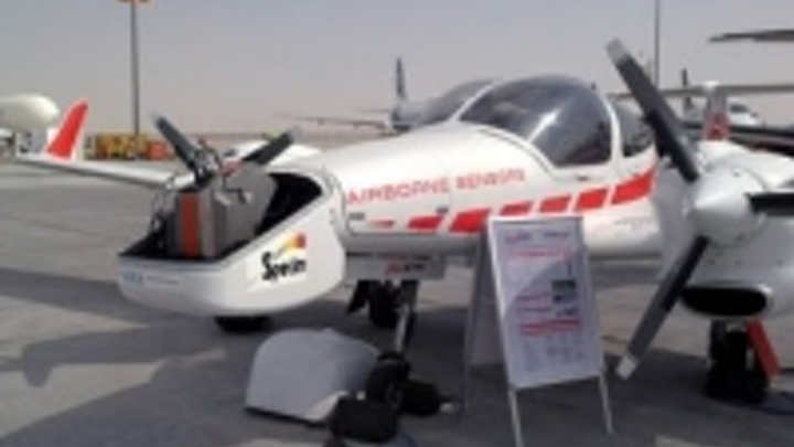 Content Dam Vsd En Articles 2014 06 Collaboration Produces Hyperspectral Multi Sensor Aircraft Leftcolumn Article Thumbnailimage File