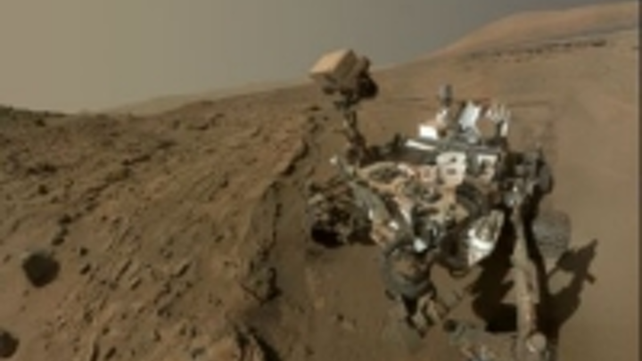 Content Dam Vsd En Articles 2014 07 Nasa S Mars Curiosity Rover Celebrates Martian Year Anniversary With A Selfie Leftcolumn Article Thumbnailimage File