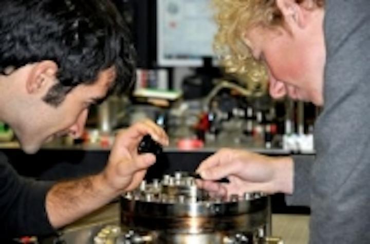 Content Dam Vsd En Articles 2014 08 Laser Beam Technique Makes Microscope 20 Times More Sensitive Leftcolumn Article Thumbnailimage File
