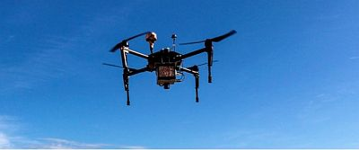 Content Dam Vsd En Articles 2017 05 Corning And Precisionhawk Partnership Enables Hyperspectral Imaging On Drones Leftcolumn Article Headerimage File