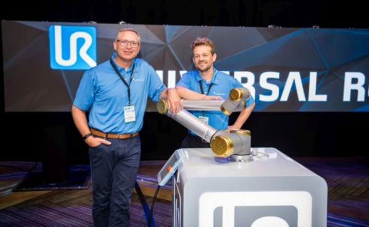 Content Dam Vsd En Articles 2018 09 Industrial Robotics Universal Robots Sells Its 25 000th Collaborative Robot Leftcolumn Article Headerimage File