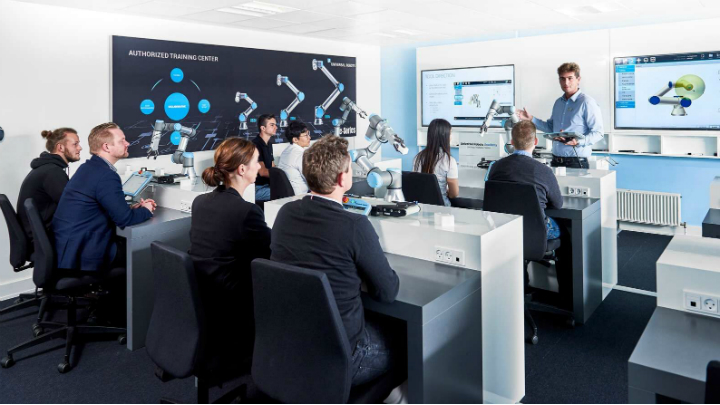 Universal Robots Authorized Training Center Classroom
